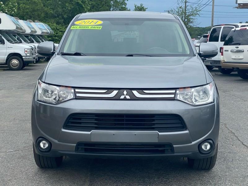 Mitsubishi Outlander 2014 price $11,998