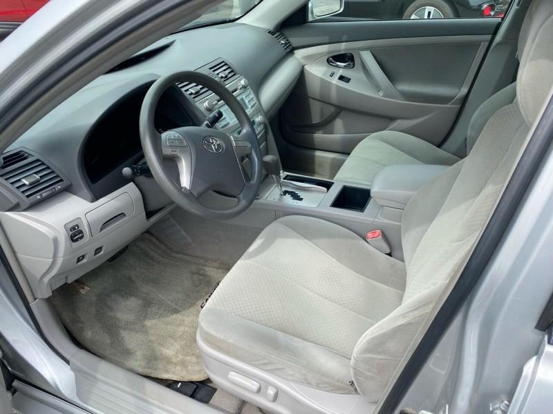 Toyota Camry Hybrid 2009 price $7,998