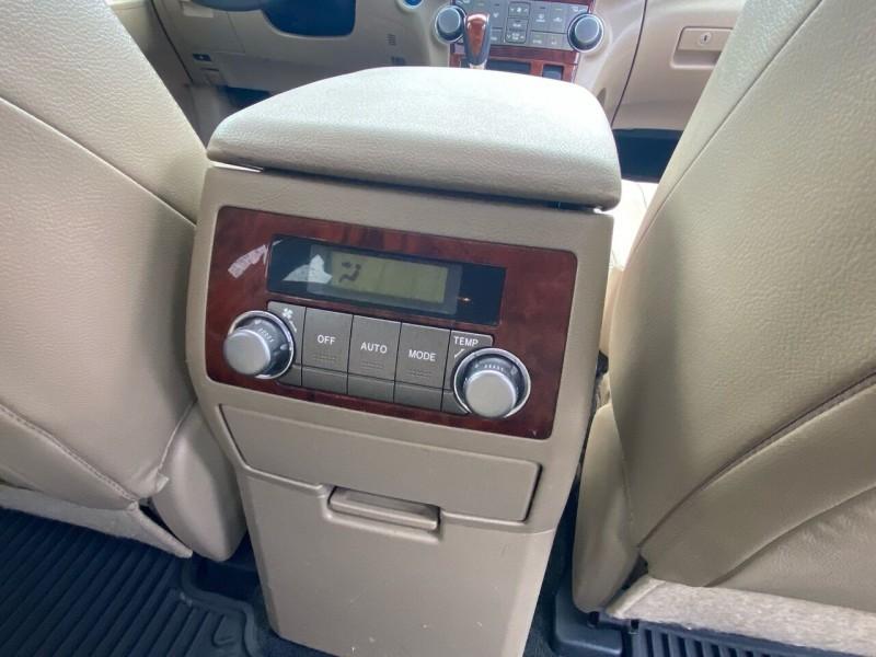 Toyota Highlander Hybrid 2012 price $14,998