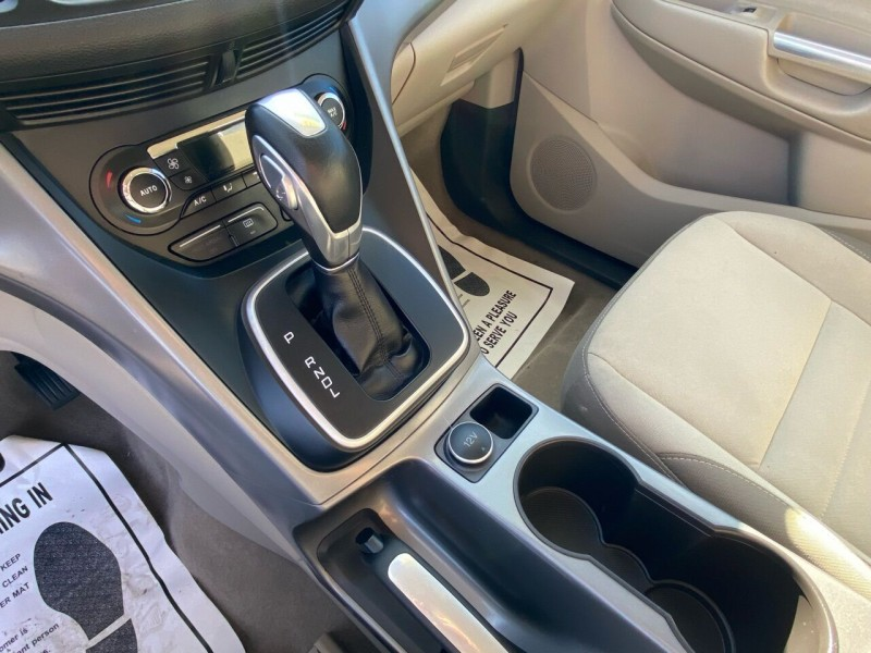 Ford C-MAX Hybrid 2013 price $8,498