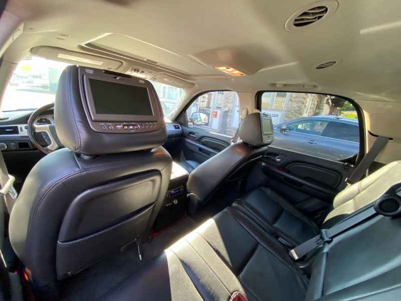 Cadillac Escalade 2011 price $21,998
