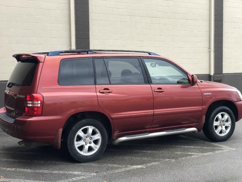Toyota Highlander 2001 price $3,000