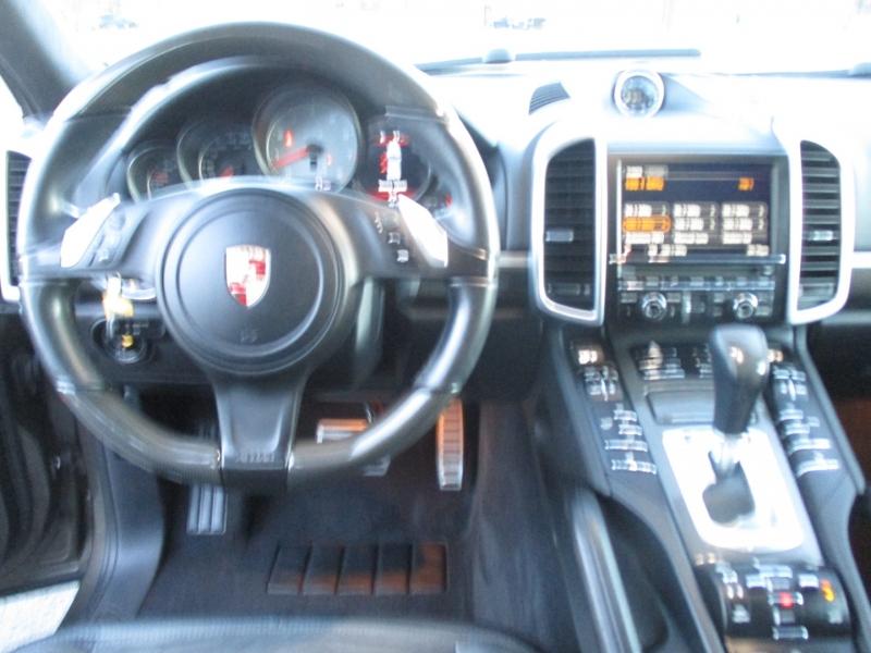 Porsche Cayenne 2014 price $38,995