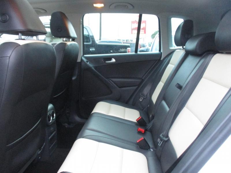 Volkswagen Tiguan 2016 price $15,995