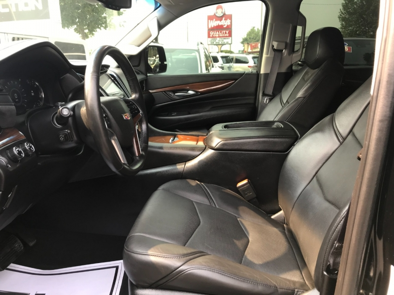Cadillac Escalade ESV 2016 price $52,995
