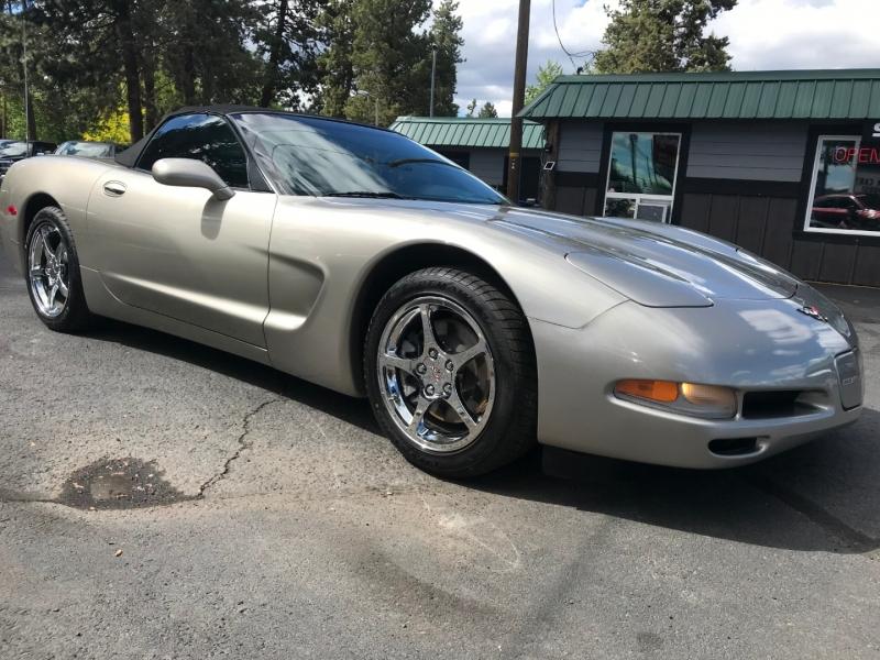 Chevrolet Corvette 2000 price $19,995