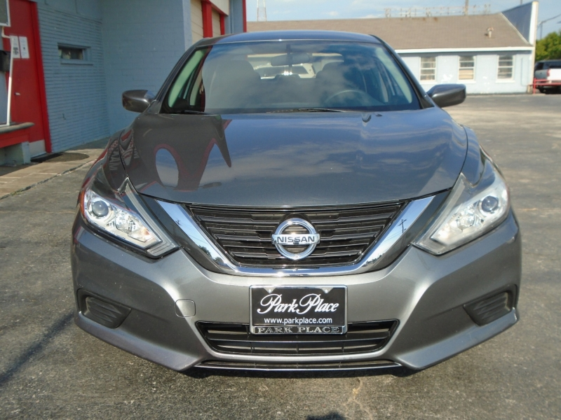 Nissan Altima 2016 price $11,495