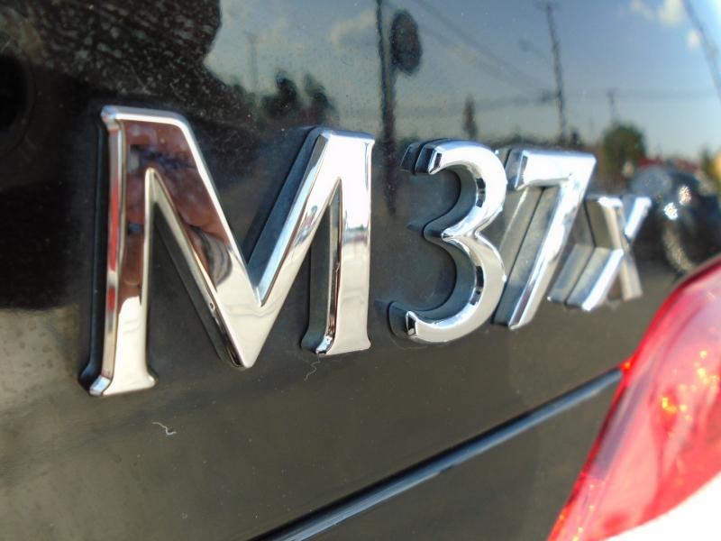 Infiniti M37X 2013 price $16,495