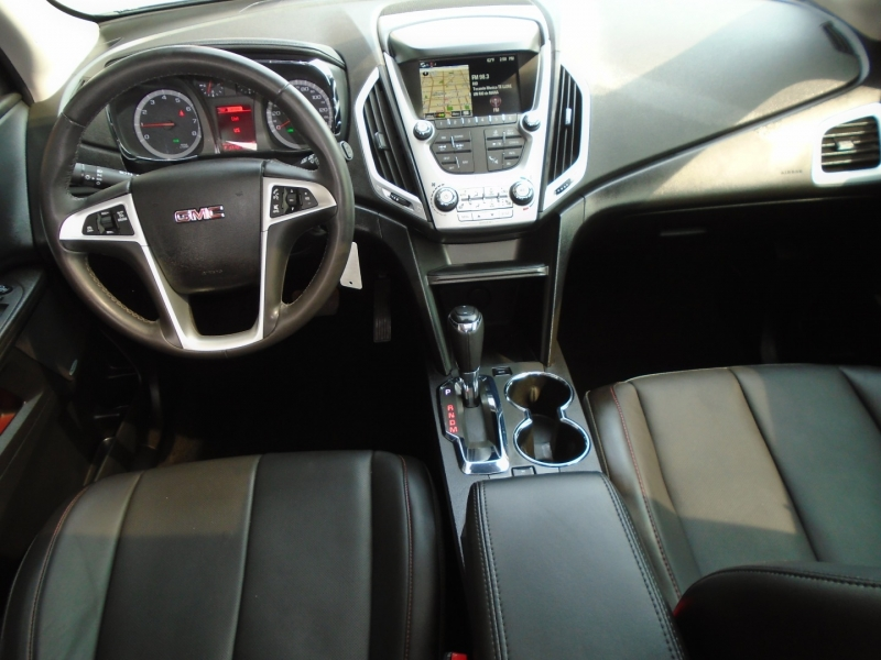 GMC Terrain 2017 price $15,995