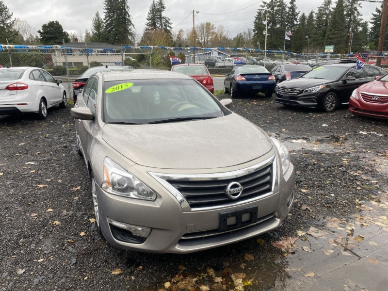 Nissan Altima 2015 price $6,900 Cash