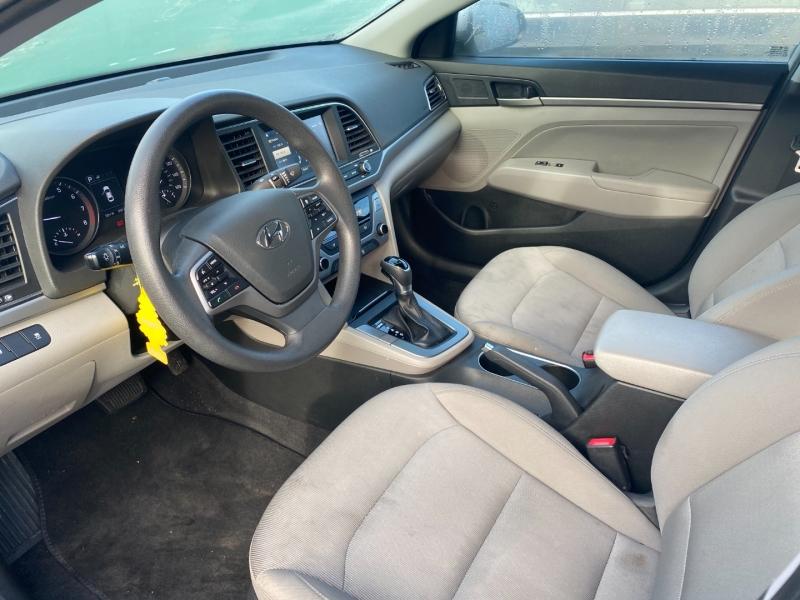 Hyundai Elantra 2018 price $9,800 Cash