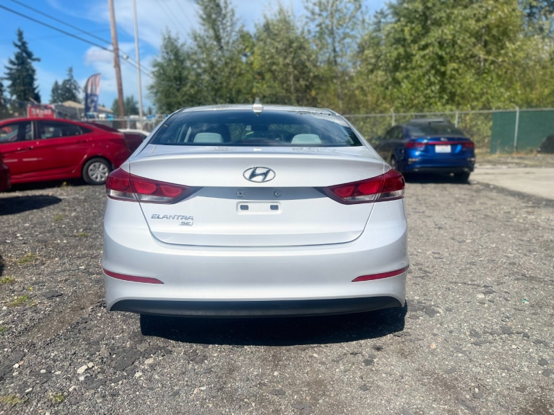 Hyundai Elantra 2017 price $8,000