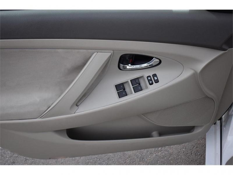 TOYOTA CAMRY 2011 price $13,995