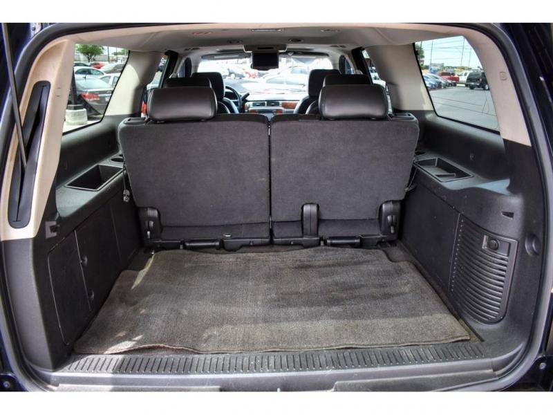 Chevrolet Suburban 2008 price $14,995