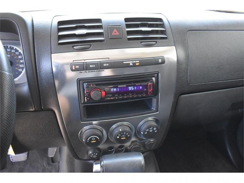 Hummer H3 2009 price $17,995