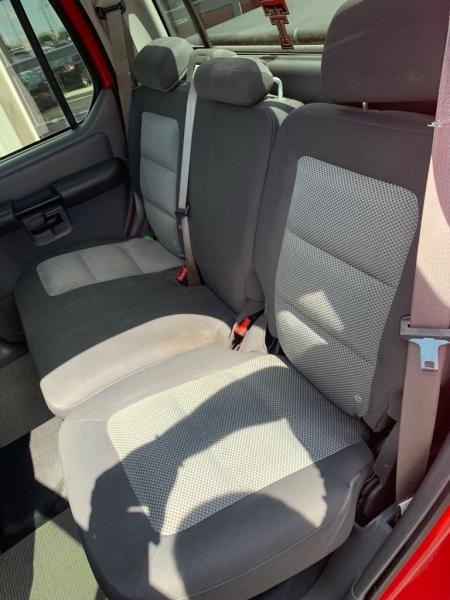 Ford EXPLORER SPORT TRAC 2005 price $12,995