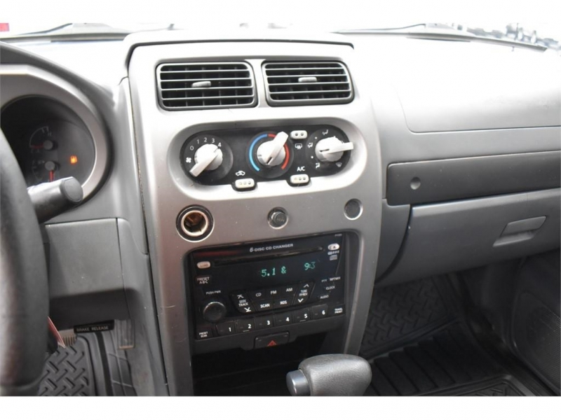 Nissan Xterra 2002 price $12,995