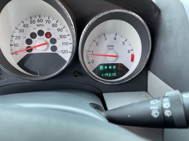 Dodge Caliber 2007 price $11,995