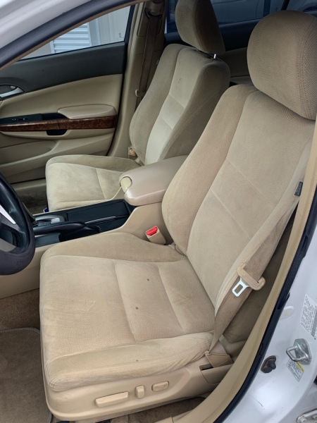Honda Accord Sdn 2009 price $13,995