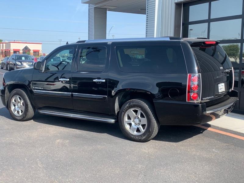 GMC Yukon XL Denali 2007 price $16,995