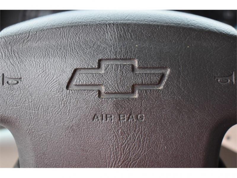 Chevrolet SUBURBAN 2006 price $12,995