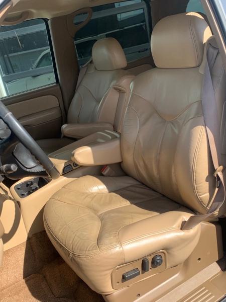 GMC YUKON XL 2000 price $9,995