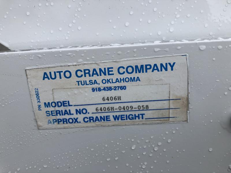 International 4300 Crane Body 2009 price $29,500