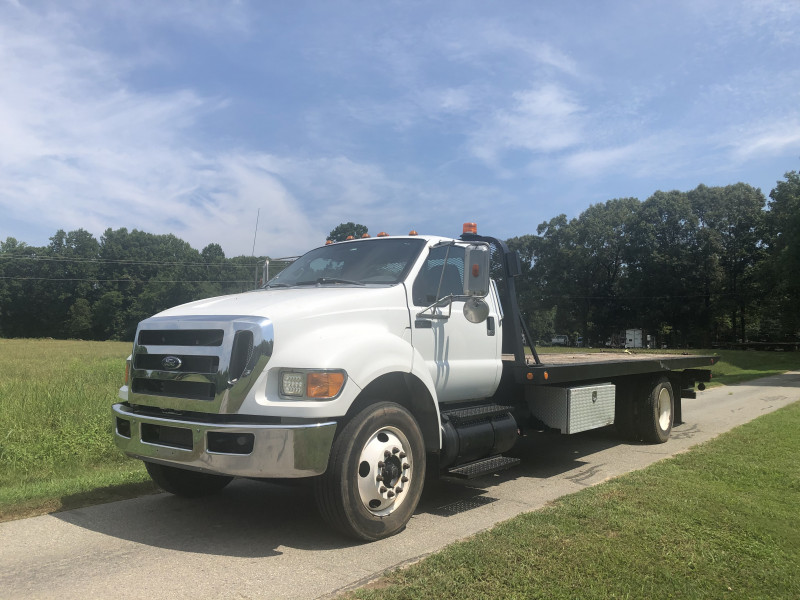 Ford F 750 24ft Rollback 2012 price $34,300