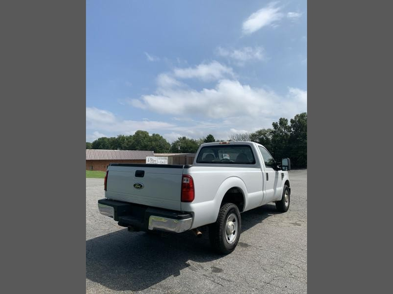 Ford Super Duty F-250 2006 price $7,300