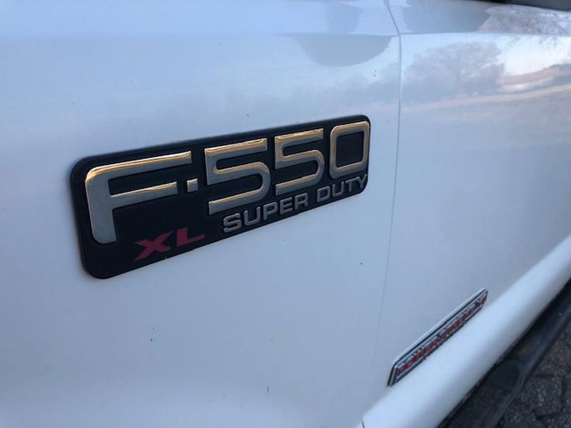 Ford Super Duty F-550 DRW 2003 price $14,800