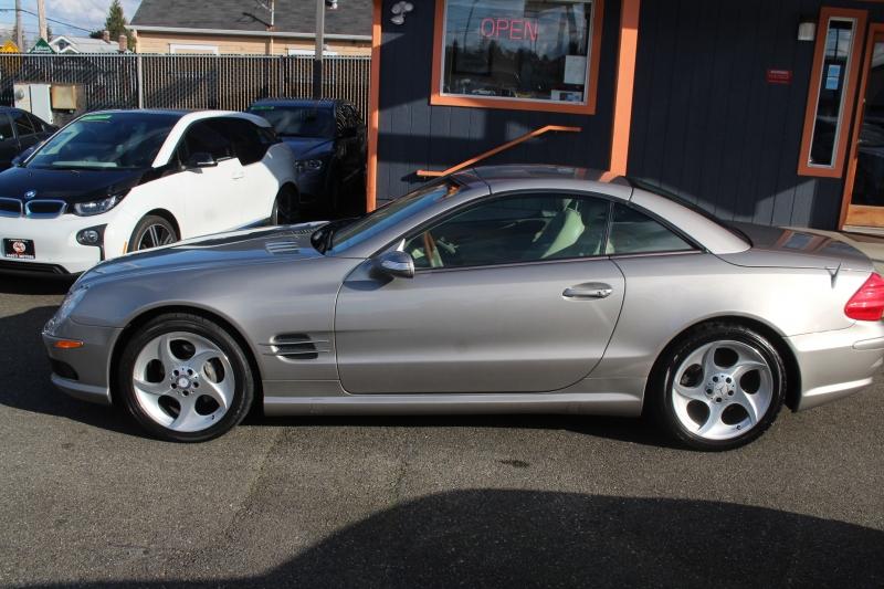 Mercedes-Benz SL-Class 2005 price $13,990