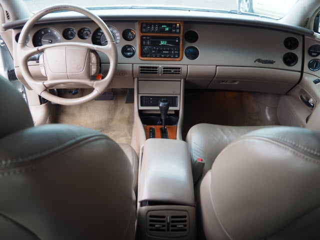 Buick Riviera 1999 price $5,890