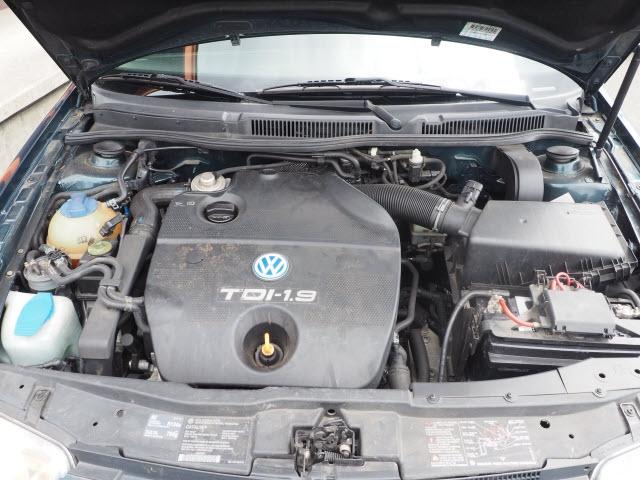 Volkswagen Jetta 2002 price $5,990
