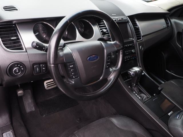 Ford Taurus 2010 price $9,990