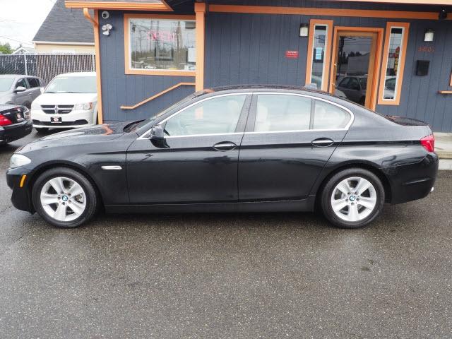 BMW 528i 2011 price $13,990