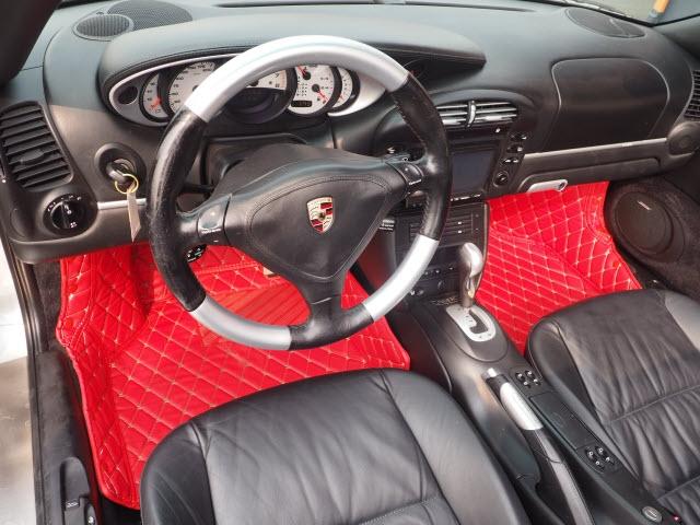 Porsche 911 Turbo 2004 price $51,990