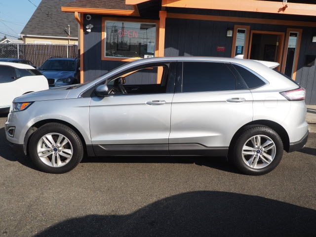 Ford Edge 2017 price $17,990