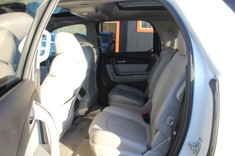 GMC Acadia 2011 price $12,997