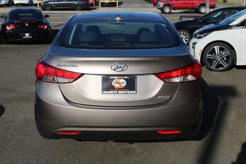 Hyundai Elantra 2013 price $9,990