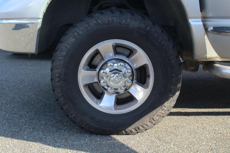 Dodge Ram Pickup 2500 2005 price $17,990