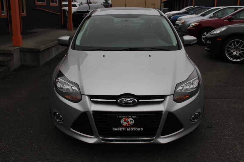 Ford Focus 2013 price $11,990