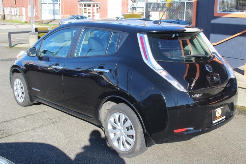 Nissan LEAF 2015 price $7,990