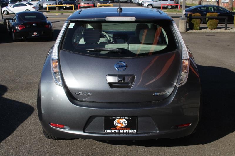 Nissan LEAF 2015 price $8,990