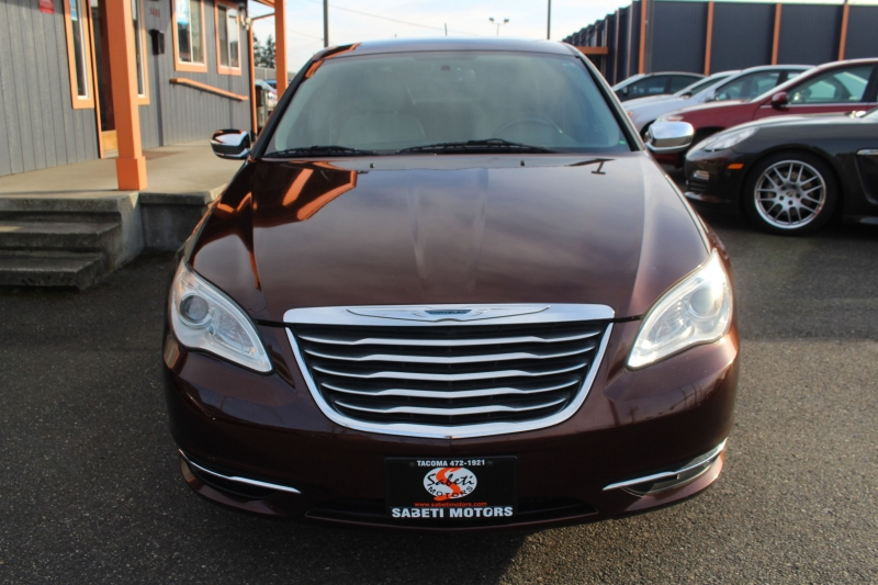 Chrysler 200 2012 price $7,990