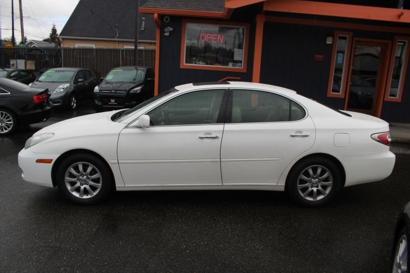 Lexus ES 330 2004 price $8,990