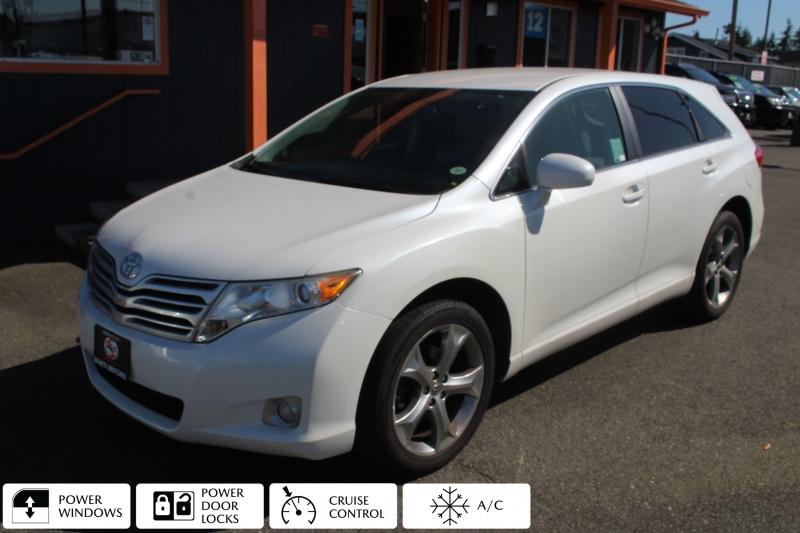 Toyota Venza 2012 price $15,990