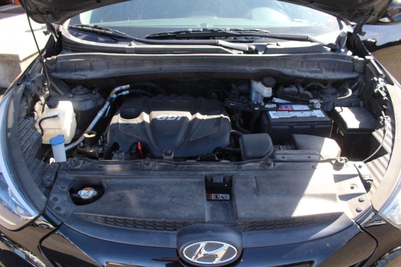 Hyundai Tucson 2015 price $13,990