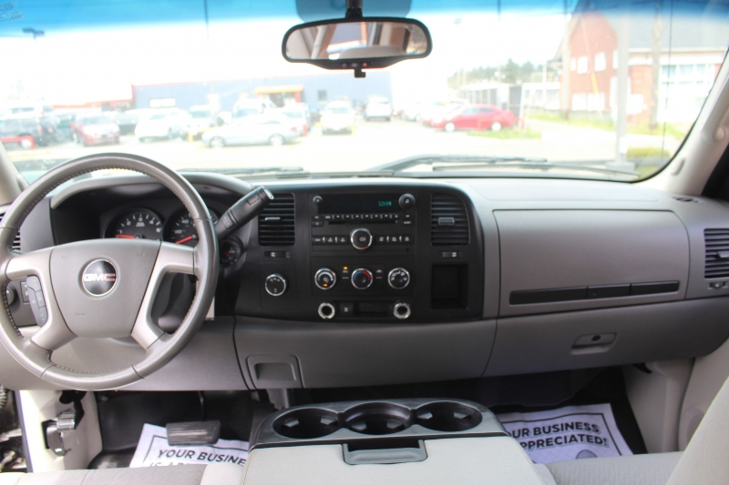 GMC Sierra 2500HD 2009 price $21,990