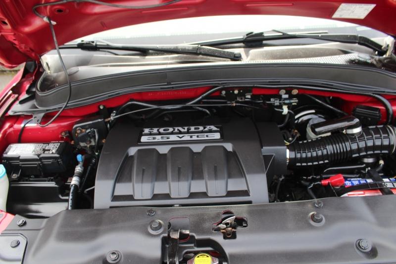 Honda Pilot 2005 price $9,990