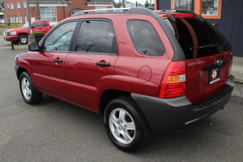 Kia Sportage 2005 price $5,990